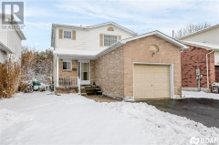 Real Estate Listing   61 MOON Drive Barrie